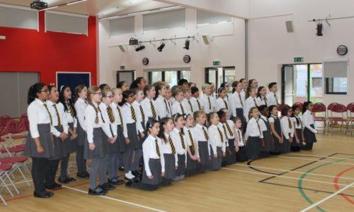 School choir singing to Manhattan School of Music
