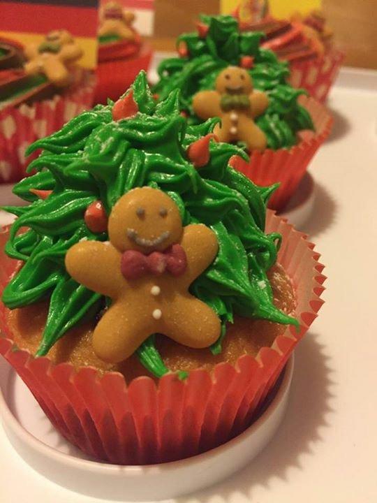 Christmas cup cake