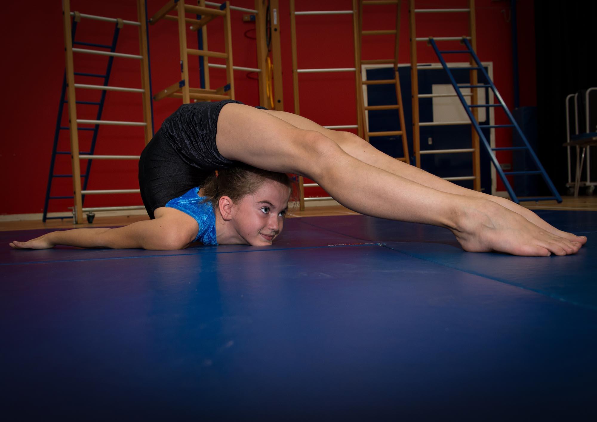 Advanced flexibility gym exercise