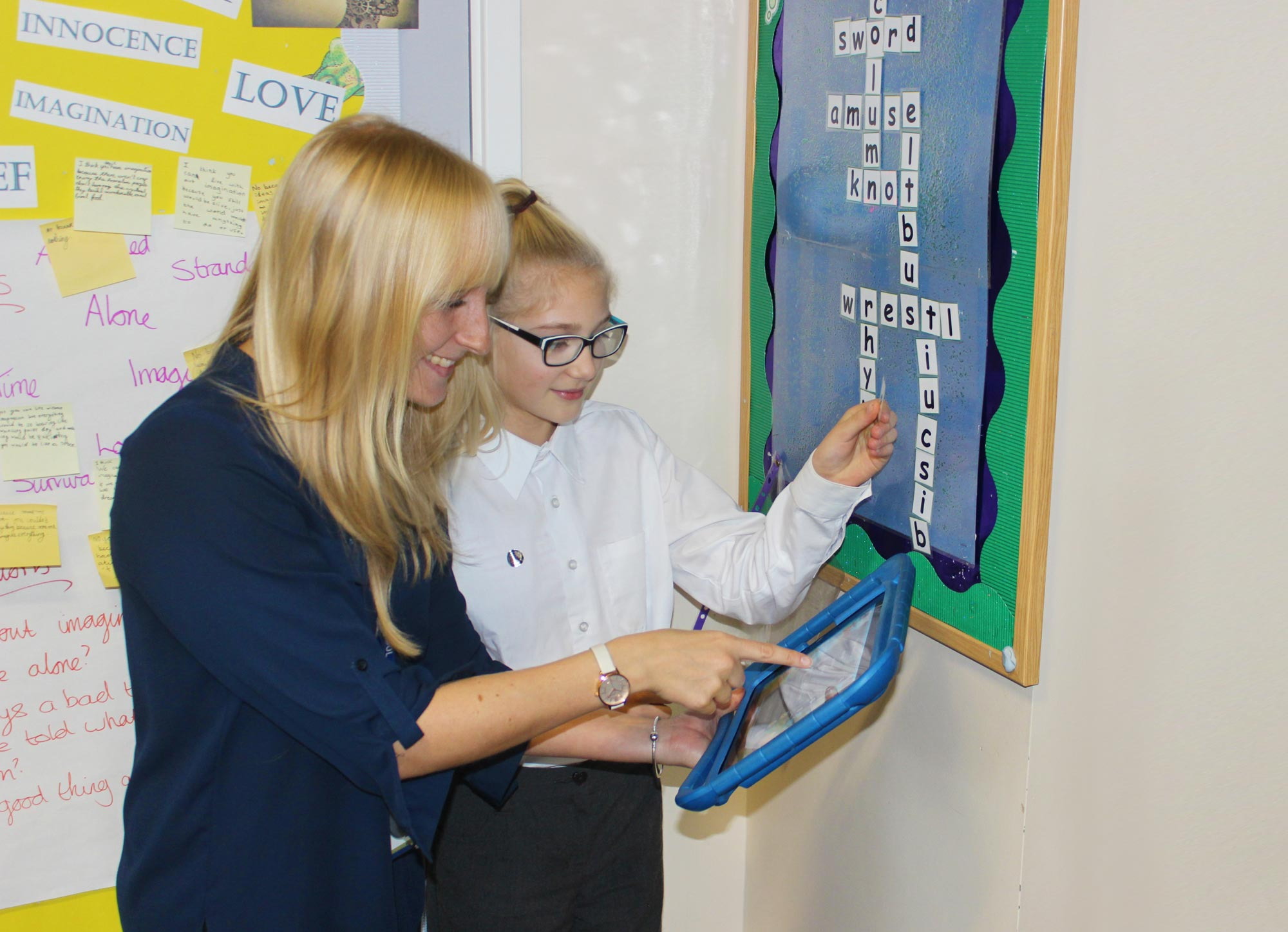 Learning spelling with the help of a tablet